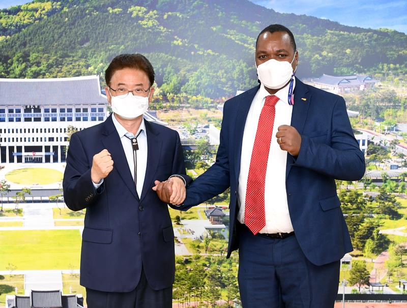 경북도, 신재생에너지사업 해외시장 개척 박차